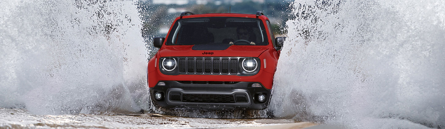 https://www.estrans.net/img/jeep/models/renegade/1450x423_Capability.jpg