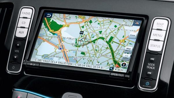 Екрана nissanconnect на новия Nissan e-NV200 при интеграция със смарфон