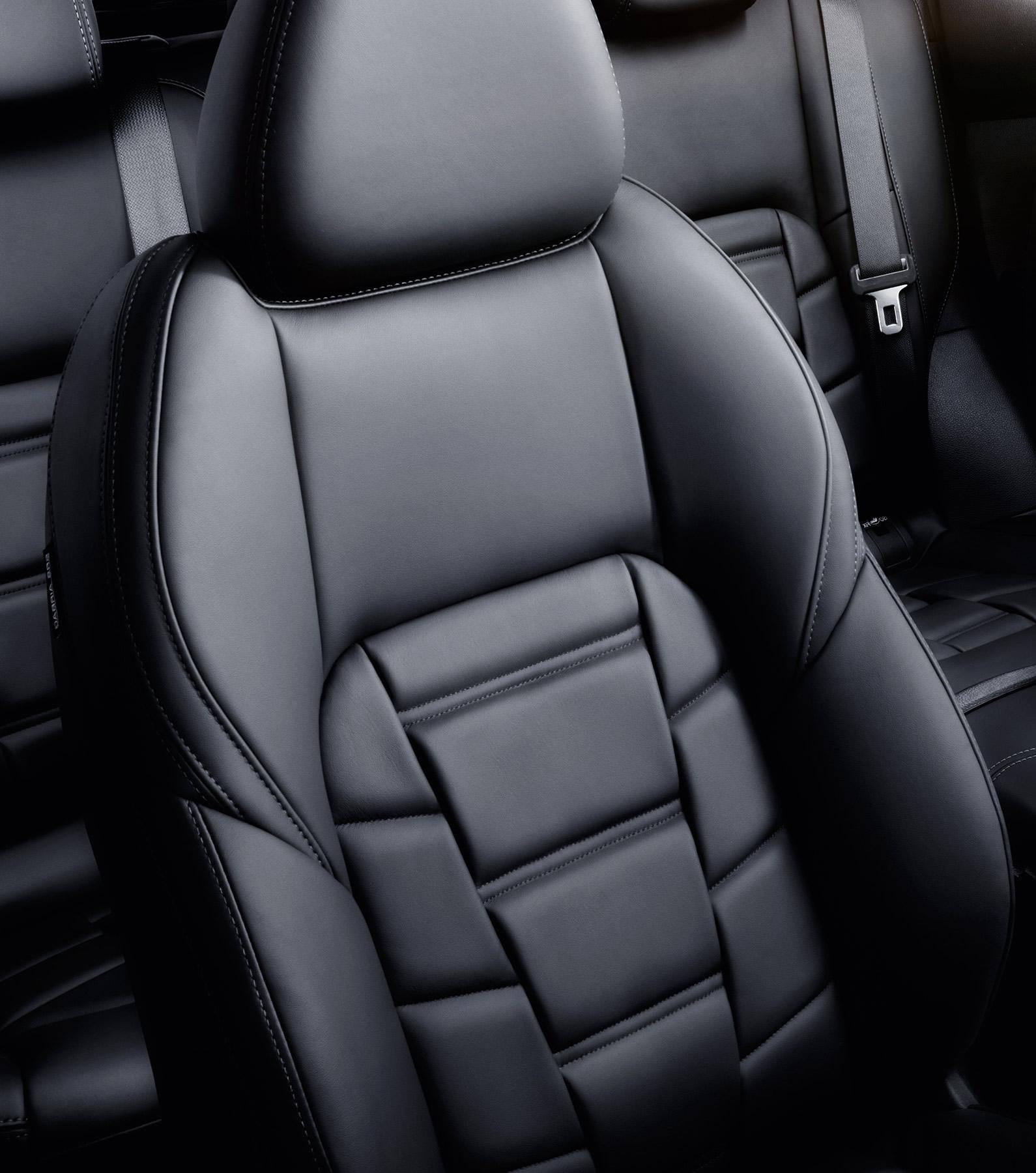 Седалки тип моноформ,изработени от висококачествена кожа Nappa